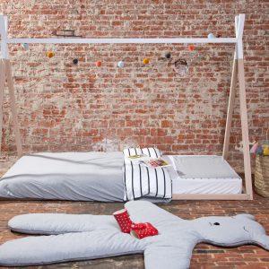 tipi ágy