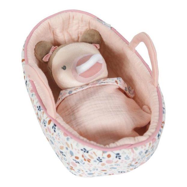 puha Rosa baba mózeskosárban